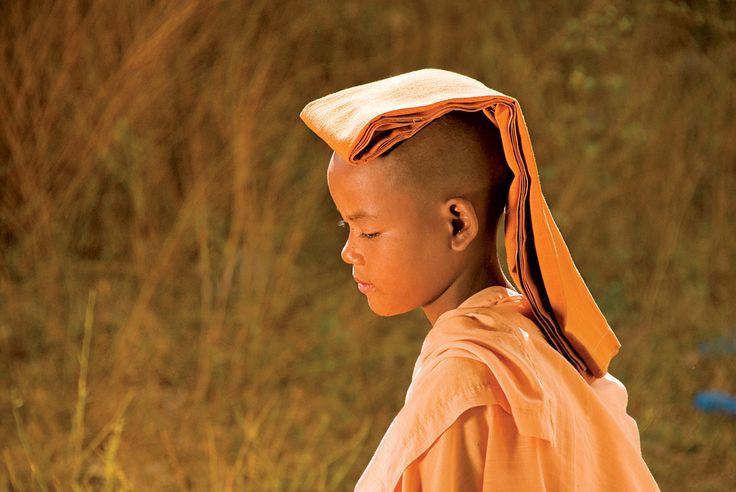 Petit enfant Birman
