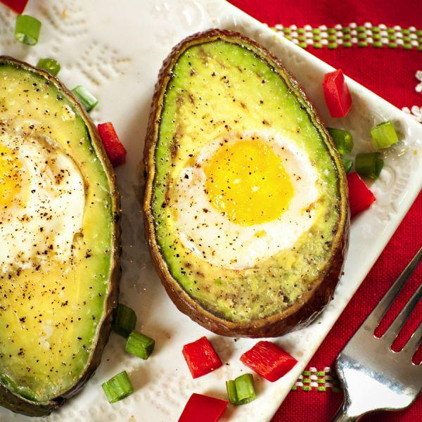 Eggs in Avocado Slices