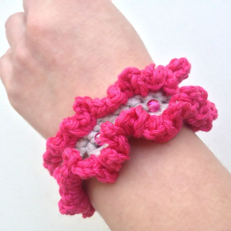 Crochet beaded bracelet, * cotton and beads ruffle *, spring, summer fashion, jewellery by PixiesFairies on Etsy
