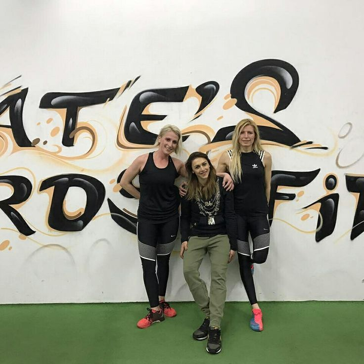 These girls are more strong than you imagine...!! #crossfit #crossfitxanthi #xanthicrossfit #catescrossfitxanthi #crossfitgirls #community #crossfitfriends #strongwomen #fitgirl #fitnesswomen #healthyliving #fitbodies #trulylove #athletes #coach #personaltrainer #fitnessdiary #katerinavarela