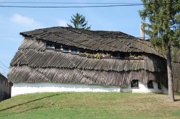 Bak , Makovecz Imre tervezte faluház - Village House