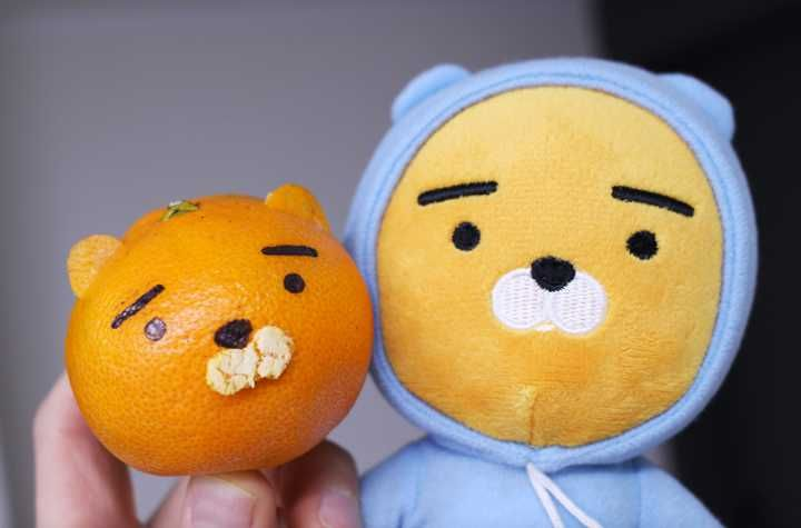 Here's how to make KakaoTalk Ryan out of a tangerine — Koreaboo