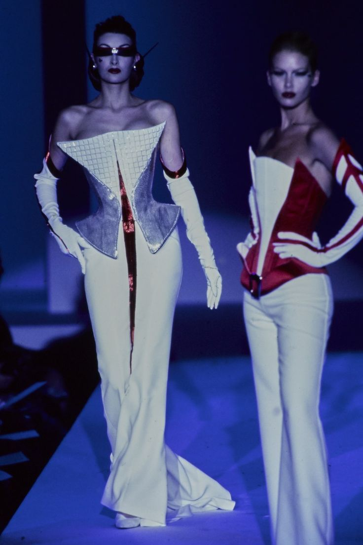 Mugler Spring 1997 Couture Style Present