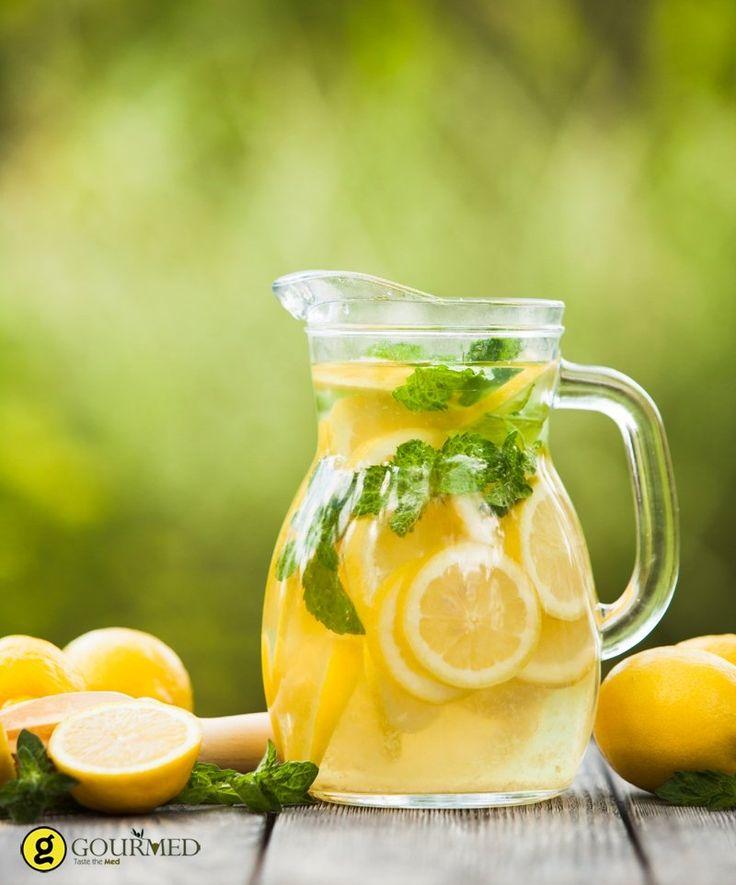 Γρήγορη και εύκολη σπιτική λεμονάδα - gourmed.gr