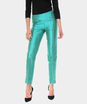 LUISA SPAGNOLI // Pantaloni in shatung di seta verde // oggi in vetrina su www.privalia.com #green #seta #privalia