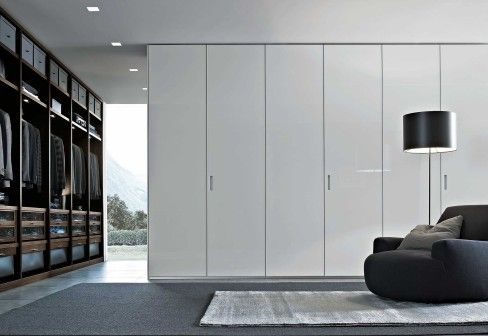 Poliform Senzafine wardrobe