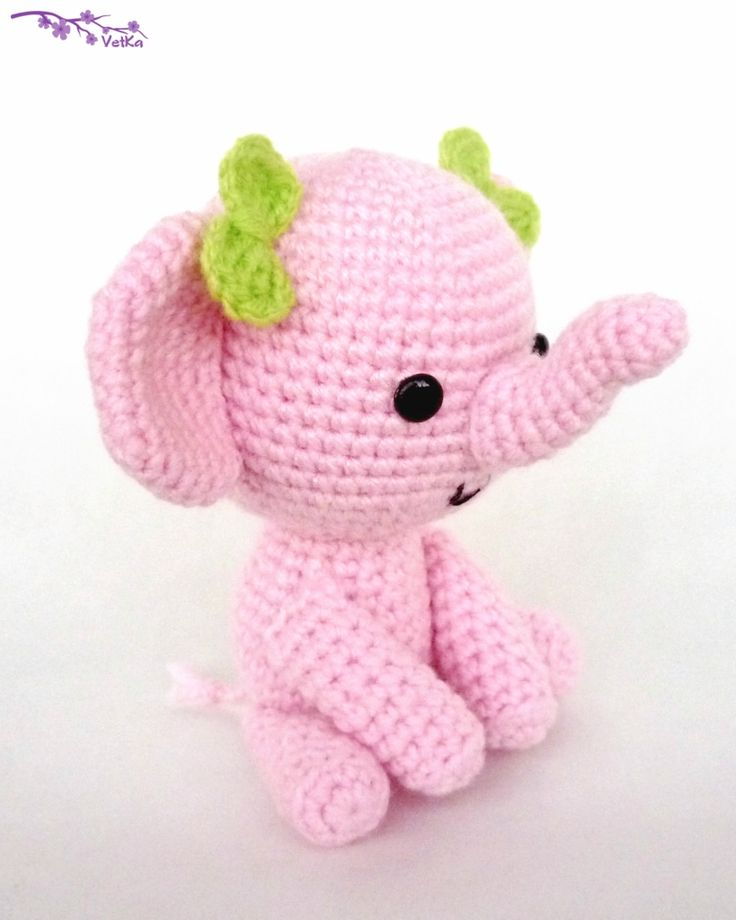 "crochet toy / pink elephant made by Vetka as ""88 crafts"" (+free russian pattern)"