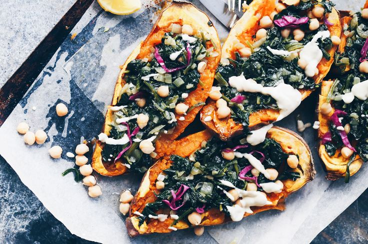 So excited to share another beautiful recipe from the incredible foodie Taline Gabriel. This is her divine Baked Sweet Potato filled with antioxidant-rich spinach, good-for-you-fat tahini and chick…