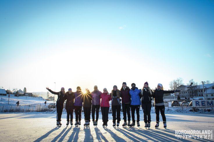 Skøyter, Fossemyra, Nordhordland Folkehøgskole
