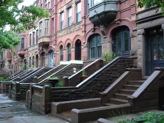 Park Slope, Brooklyn, NY. I miss my sister.Brooklyn Brownstone, Sloped Townhouse, Townhouse Nyc, Favorite Places, York Cities, Parks Sloped, Cities Baby, Sloped Brooklyn, Heart Parks