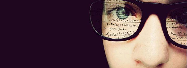 O que Mark Zuckeberg, Bill Gates e Steve Jobs têm em comum? Além de serem ricos e bem-sucedidos na área de tecnologia, os empresários não obtiveram diploma de Ensino Superior.  O que falar, então, de Silvo Santos que nem concluiu o ensino fundamental? Os estudos seriam, realmente, fator de sucesso no empreendedorismo?