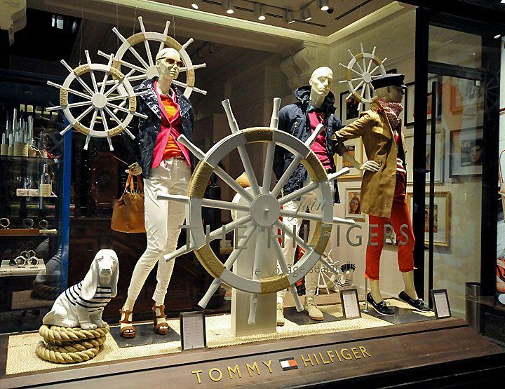 Tommy Hilfiger windows 2013, marynistyczne dekoracje, morski wystrój, żeglarski styl