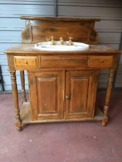 Antique look vanity units miscellaneous goods gumtree for Gumtree beauty table