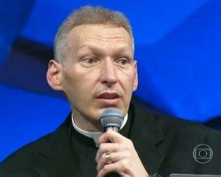 Padre Marcelo Rossi encerra semana de orações pelo entendimento entre as pessoas