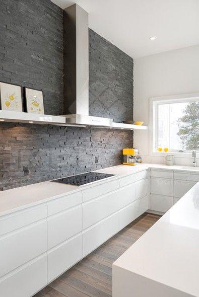 Natuursteen Wandtegels Keuken : Tegel Keuken op Pinterest – Witte Tegels, Bruin Graniet en Keukens