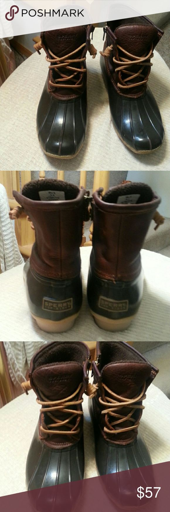 Sperry Top-Sider Duck Boots size 6.5 Gently worn boots with warm microfleece inside Sperry Top-Sider Shoes Winter & Rain Boots