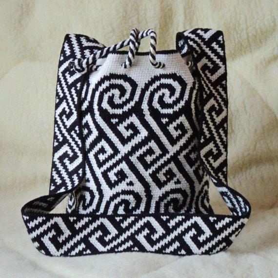 Crochet Messenger Black and white ethnic от SchastlyvaTorba