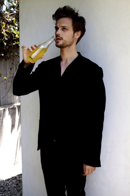 Matthew Gray Gubler what is that he's drinkin'? beer or orange juice? anyway I LOVE HIM