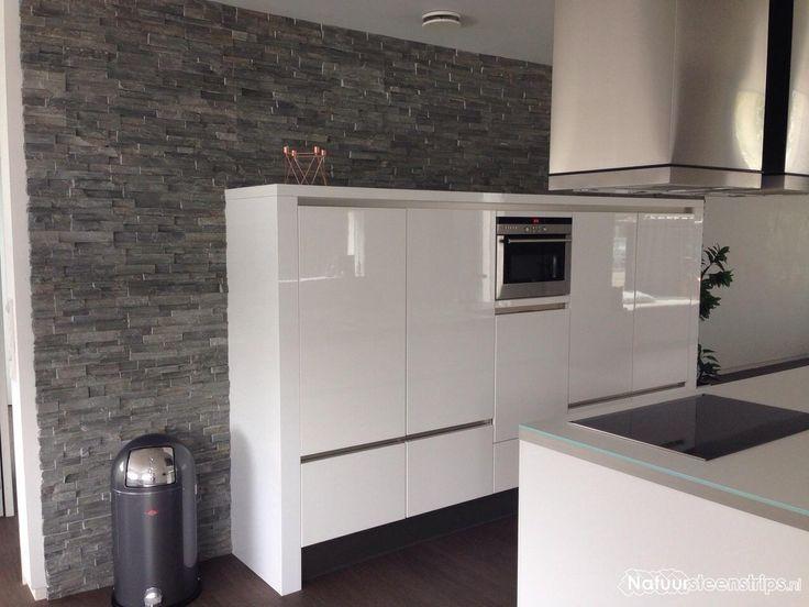 25 beste idee n over witte hoogglans keuken op pinterest modern keukenontwerp - Keuken witte tafel ...