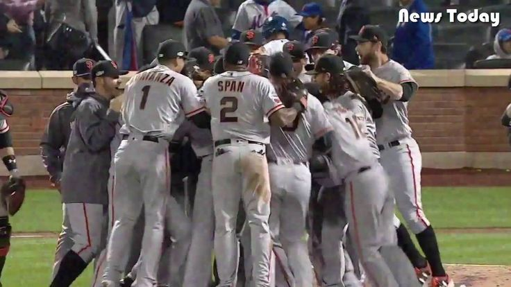 Gillaspie, Bumgarner lift Giants to NLDS - UPDATED!!!