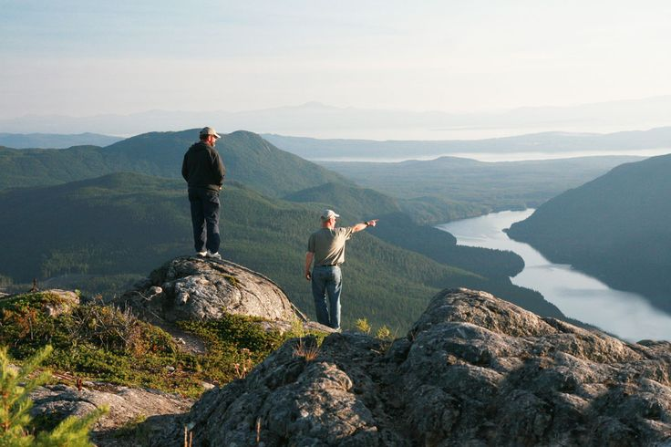 Great Day Hikes on the Sunshine Coast Trail in Powell River, BC. Hike the Sunshine Coast Trail!