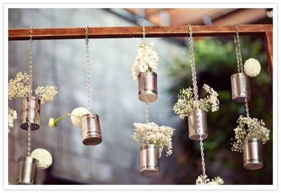 A big area of these hanging cans (painted). High impact low cost = awesome: Crafts Ideas, Tins Cans Flowers, Hanging Tins, Hanging Flowers, Cute Ideas, Gardens, Mason Jars, Diy, Tins Cans Crafts