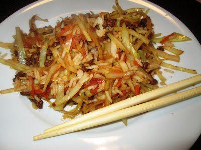 En verden af smag!: Wok med Hvidkål, Gulerod og Oksekød