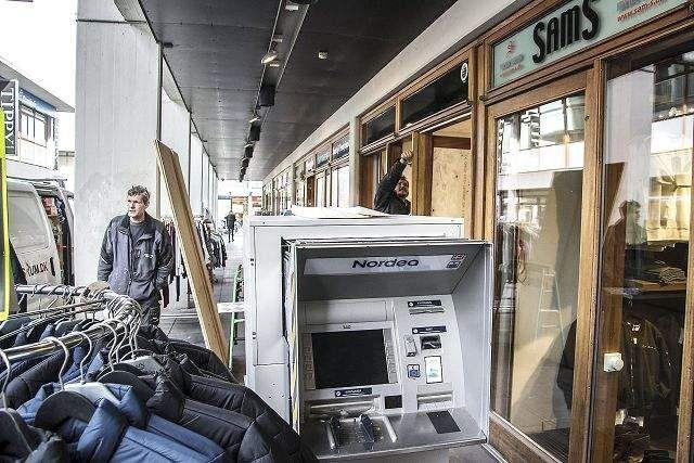 Pengeautomater holdt flyttedag