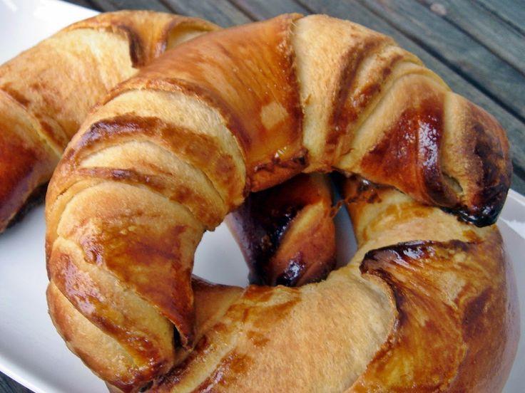 Sajtos és vajas kiflik - croissant helyett