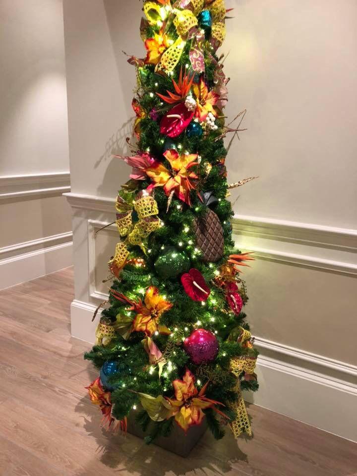 Christmas Tree In The Lobby At Disney S Caribbean Beach Resort