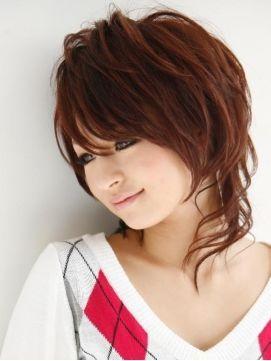 Japanese WOLF STYLE haircut 【最新】ウルフカットの髪型 ヘアスタイルカタログ 人気の女性用ショート・ミディアム・ロング画像集 - NAVER まとめ