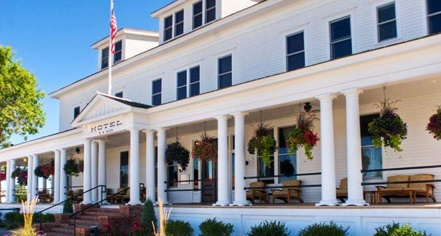 Sacajawea Hotel, Historic Hotels in Three Forks, Montana