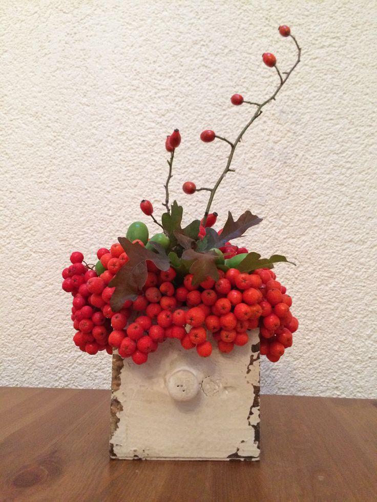 Landhausdeko Gesteck Herbstdeko - kleines Geschenk aus der Natur II