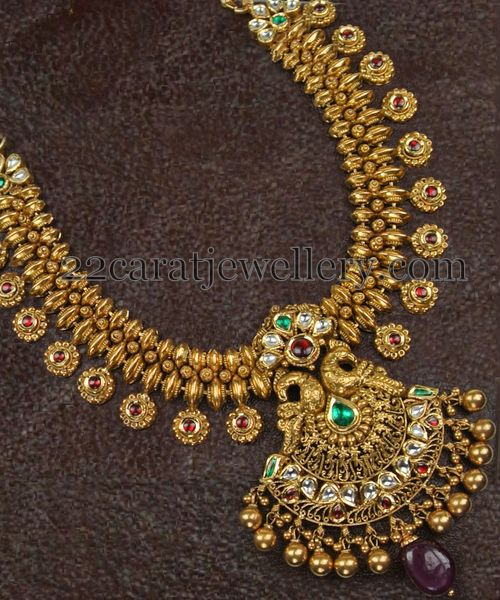Kundan Necklace with Gold Balls - Jewellery Designs