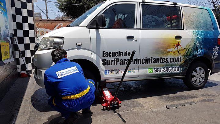 La de hoy... mantenimiento y llantas nuevas para la engreída. - http://ift.tt/1K8gmug