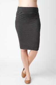 Super flattering stripe tube skirt.   Available in black/almond and navy/white.  $49. http://maternitywearnewcastle.com.au/category/bottoms/