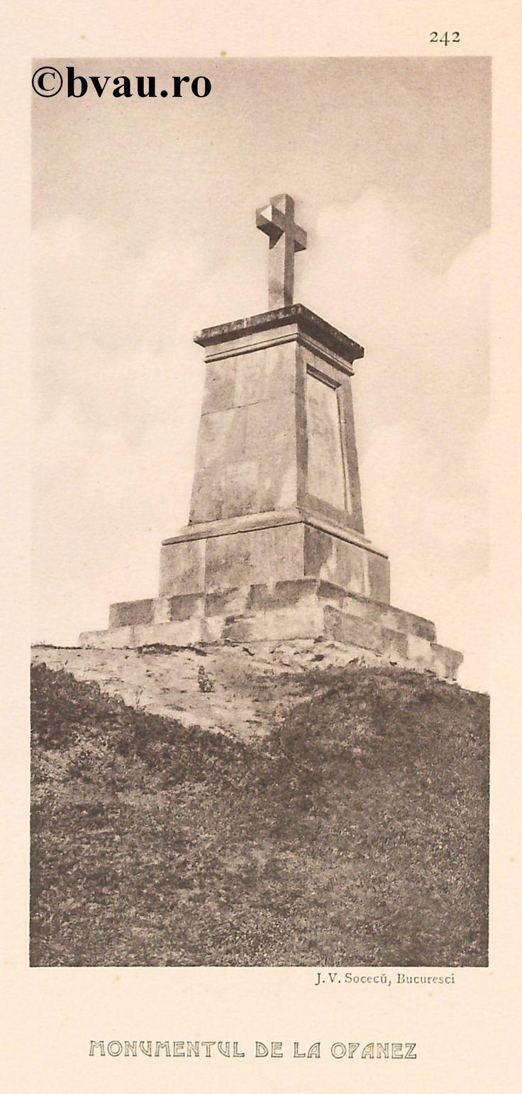 """Monumentul de la Opanez, 1902, Romania. Ilustrație din colecțiile Bibliotecii Județene """"V.A. Urechia"""" Galați. http://stone.bvau.ro:8282/greenstone/cgi-bin/library.cgi?e=d-01000-00---off-0fotograf--00-1----0-10-0---0---0direct-10---4-------0-1l--11-en-50---20-about---00-3-1-00-0-0-11-1-0utfZz-8-00&a=d&c=fotograf&cl=CL1.43&d=J244_697980"""