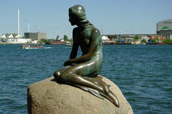 Danmark: København: Kastellet & Den Lille Havfrue (The Little Mermaid)