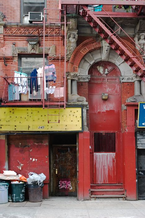 Lower East Side Laundry. What a great pic this is!  oh my.........