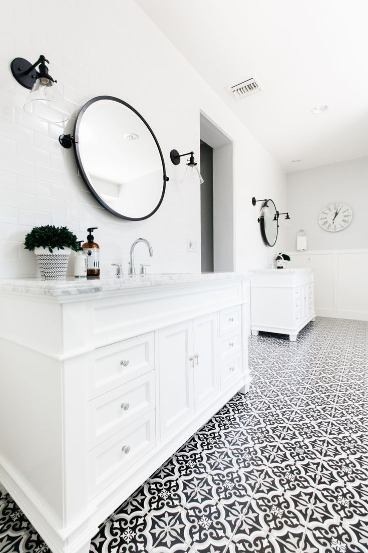 10 Gorgeous Bathrooms You Should Pin Right Now Bathrooms Remodel Bathroom Remodel Master Bathroom Makeover