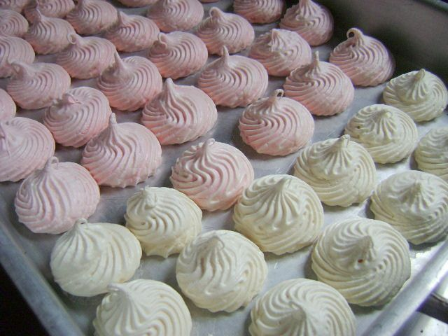 Dominican Cake Recipe | Dominican Suspiritos, Suspiritos, Merenguitos | Flickr - Photo Sharing ...
