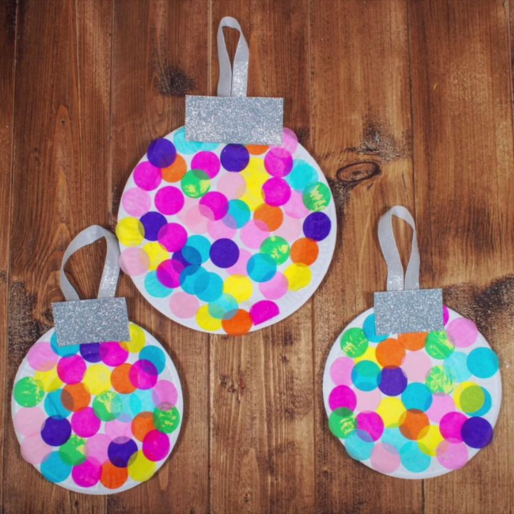 Paper Plate Christmas Baubles