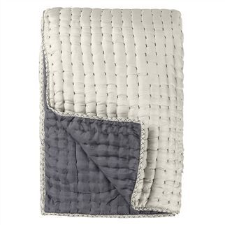 Designers Guild - Chenevard Quilt - Silver/Slate