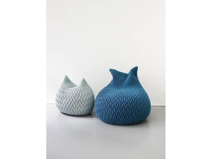 Slumber - Casalis - Slumber poufs L + S blue.jpg
