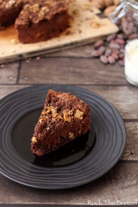 Brownie aux noix caramélisées et streusel cacao aux éclats de fèves ☁️