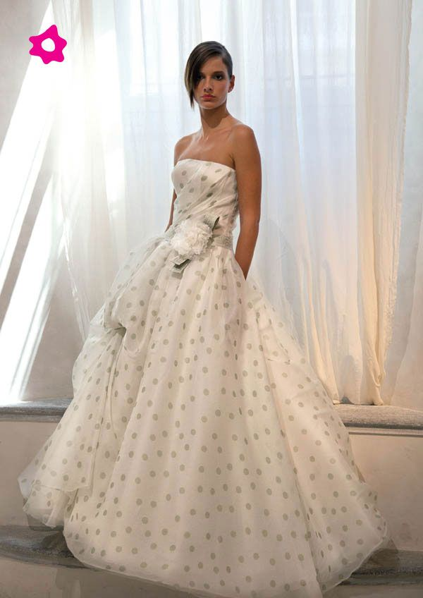 Polka dot wedding dress  Keywords: #weddings #jevelweddingplanning Follow Us: www.jevelweddingplanning.com  www.facebook.com/jevelweddingplanning/