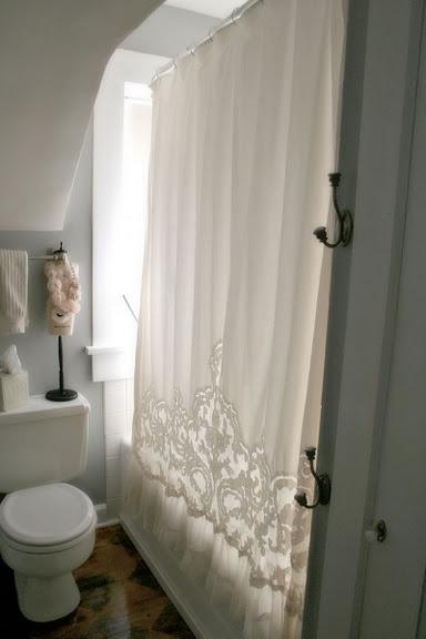1000 Ideas About Light Grey Bathrooms On Pinterest
