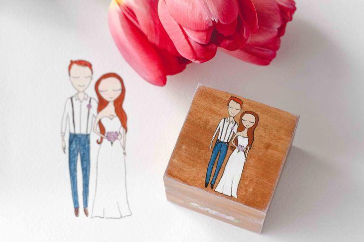 Свадебная шкатулка для колец Авторский Киоск с вашим изображением (эскиз по вашей фотографии) 2000 рублей. Размер 6х6см, высота 5,5см Натуральное дерево