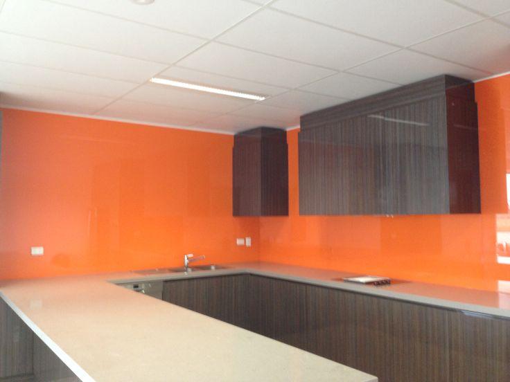 over sized glass splashback panels kitchensplashbacks. Black Bedroom Furniture Sets. Home Design Ideas