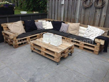 Lounge Set With Repurposed EURO Pallets